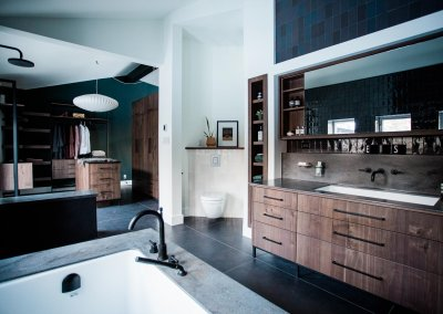 Dramatic Modern Bathroom